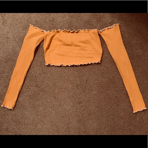 Other - Cropped Long sleeve